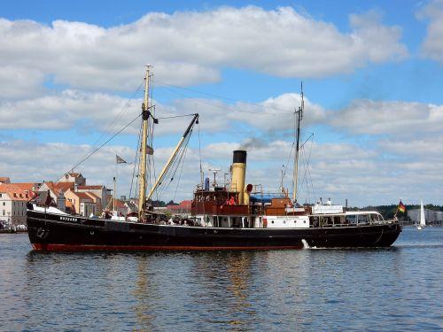steamboat harbour festival nostalgia
