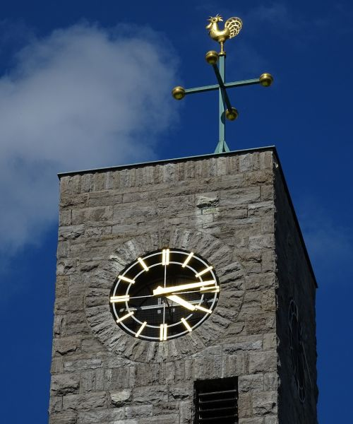 steeple clock building