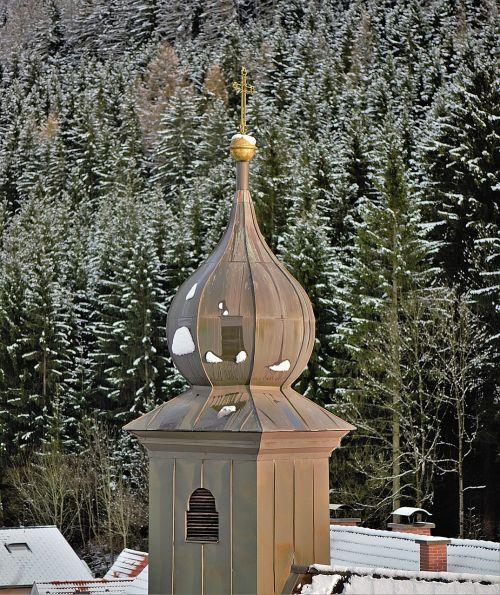 steeple roof spire