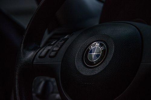 steering wheel motor car driver