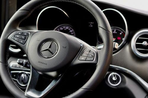 steering wheel auto drive