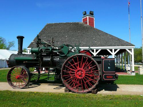 steinbach mennonite heritage village old steam tractor
