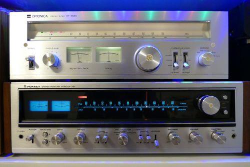 stereo knob audio