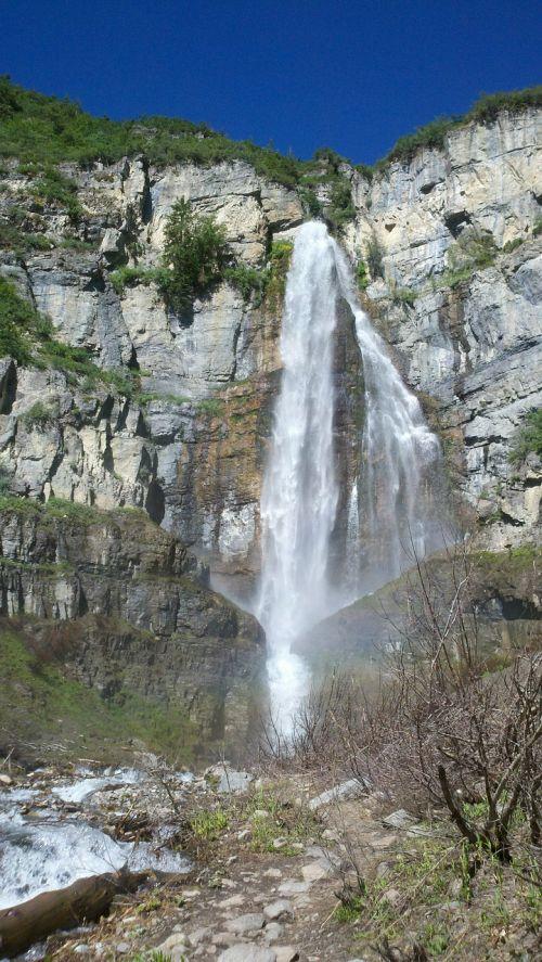 stewart falls waterfall cliff