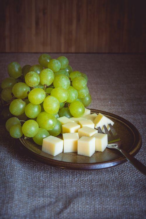 still life eat fruit