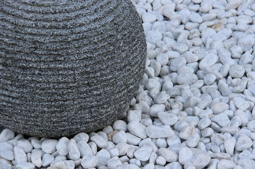 still life  pebble  grey