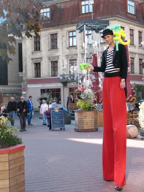 stilts circus latvia