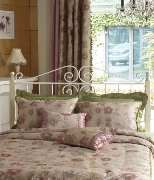 sting bed pink