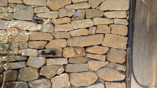 stone glyph construction