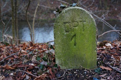 stone landmark mark