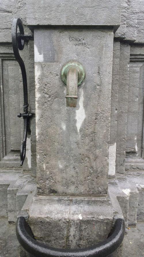 stone pump belgium