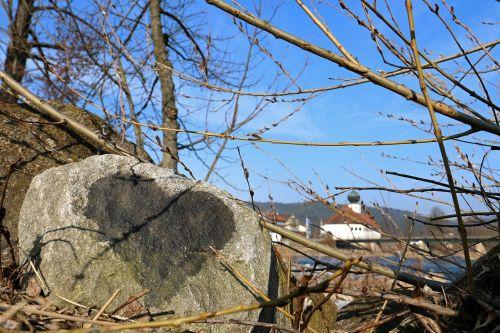 stone romantic love