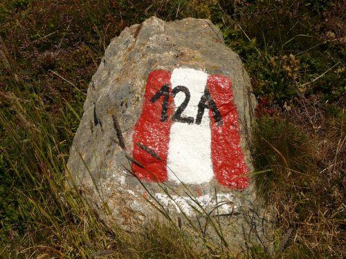 stone migratory character waymarks