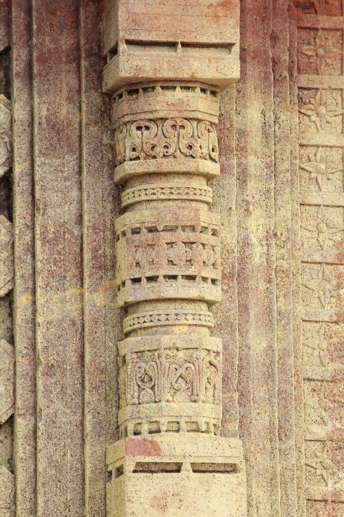 stone carving pillar temple