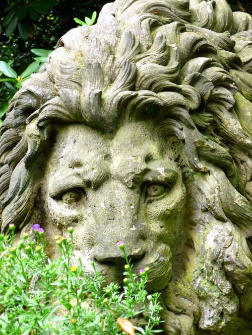 stone figure stone lion sculpture