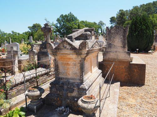 stone grave coffin death