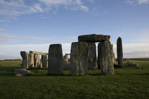 stonehenge pierre legend