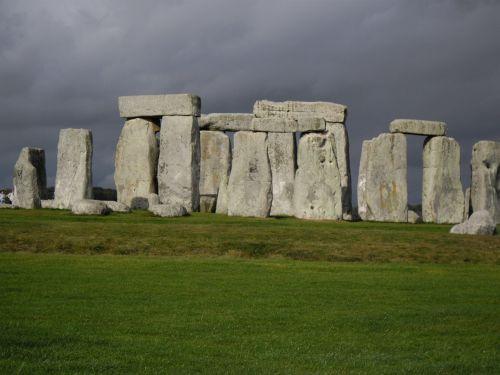 stonehenge stones monolith