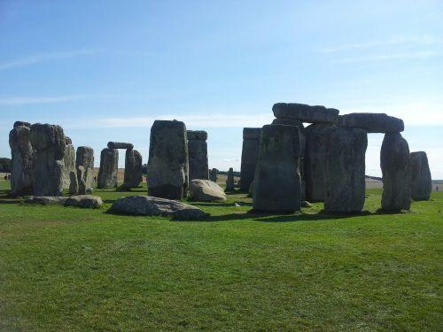stonehenge monument england