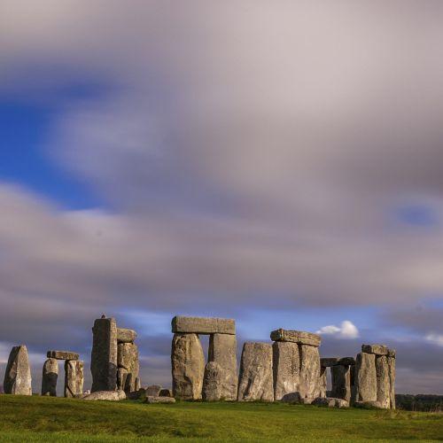 stonehenge pierre megalithic site