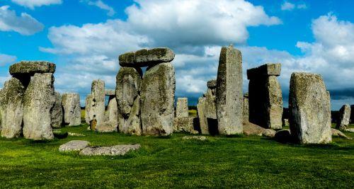 stonehenge standing stones ancient