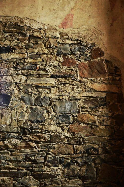 stones wall masonry