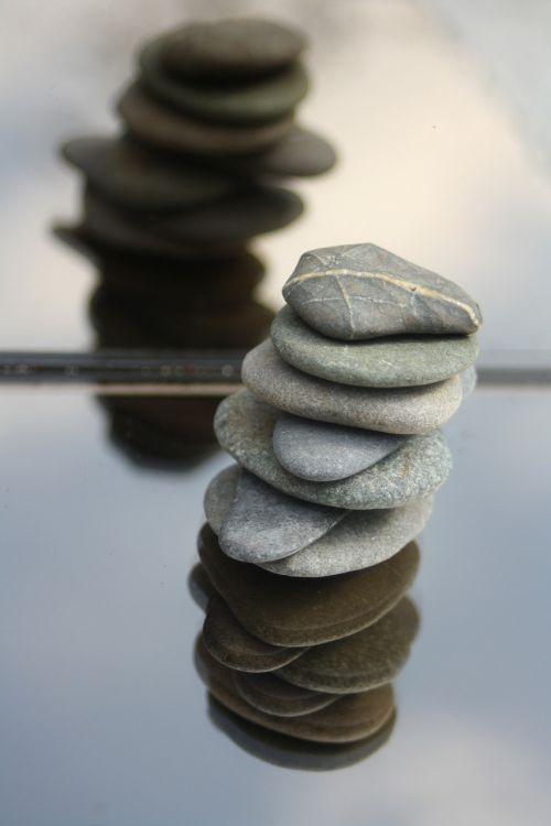 stones balance meditation
