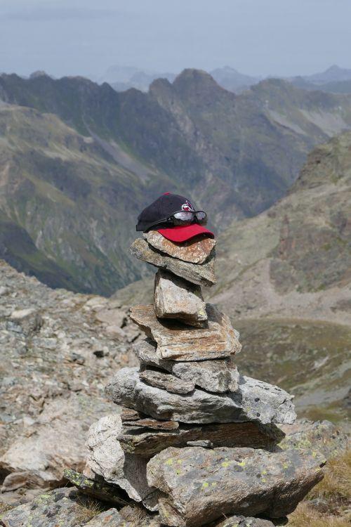 stones sculpture stone sculpture