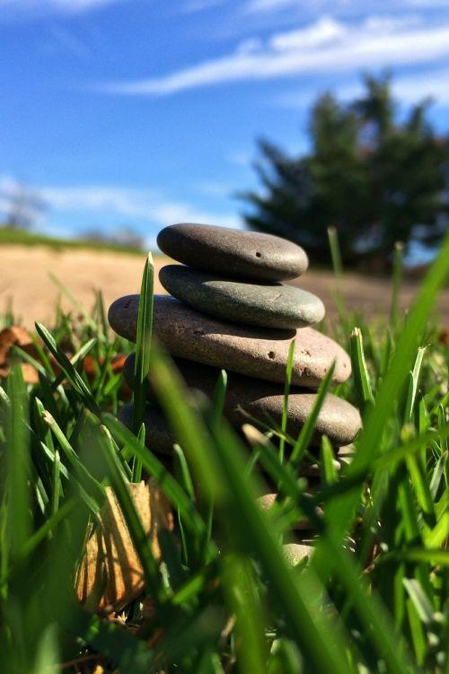 akmenys,krautuvas,kūrybingas