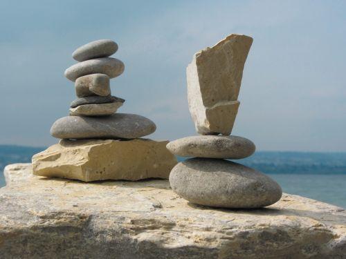 stones rest form