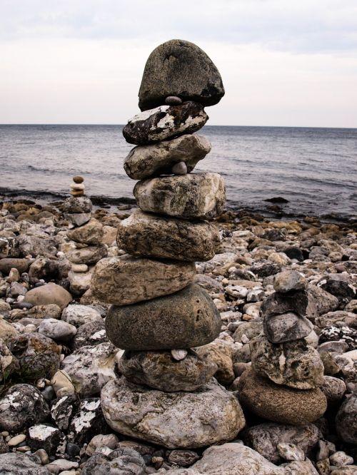 stones balance steinmann