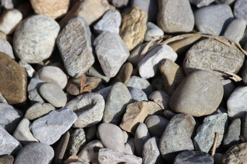stones mess pebble