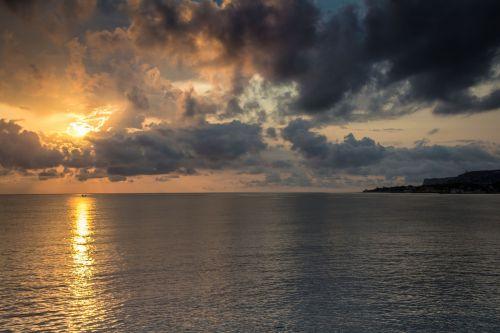 storm sunrise sky