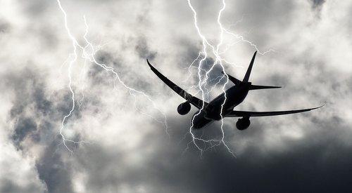 storm  lightning  aircraft
