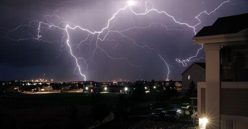 storm thunder rays