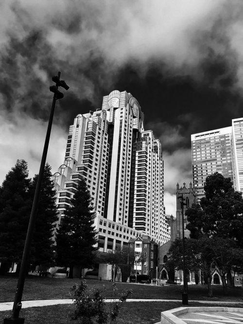 storms vintage noir