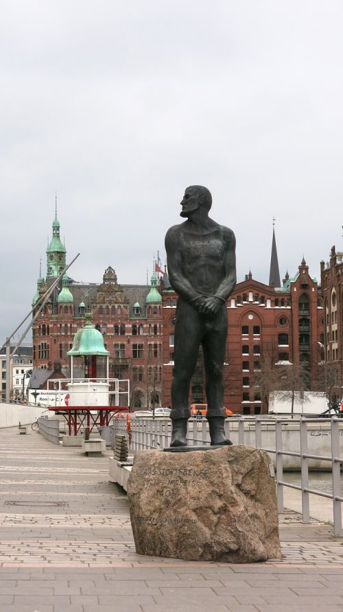 störtebeker monument hamburg