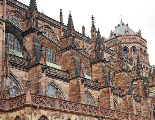 strasbourg cathedral west side sandstone gothic