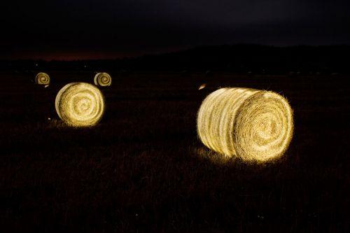 Illuminating Straw Bales