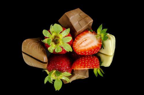 strawberries chocolate food