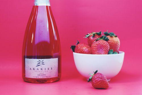 strawberry strawberries wine