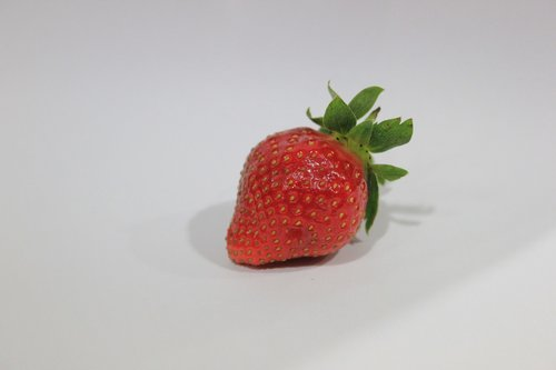 strawberry  red  fruit