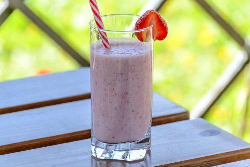 strawberry drink kefir the drink