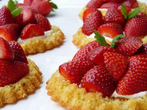 strawberry shortcake strawberries dough