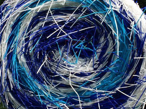 straws blue white