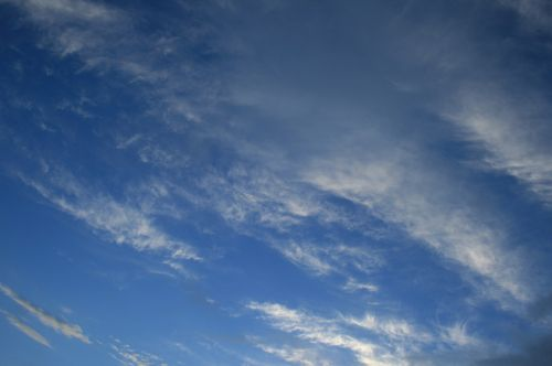 Streaky Feather Cloud Sky