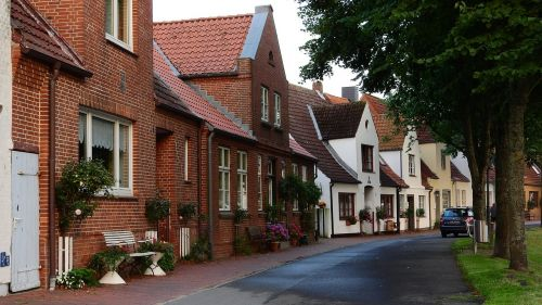 street houses brick houses