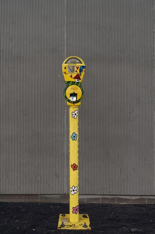 street parking meter meter