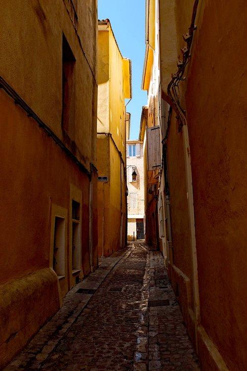 street  alley  architecture