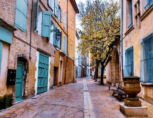 street  provencal life  french culture